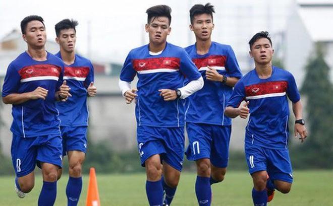 """U20 Việt Nam bị ông Hải """"lơ"""" trù ẻo, HLV Hoàng Anh Tuấn nói gì?"""