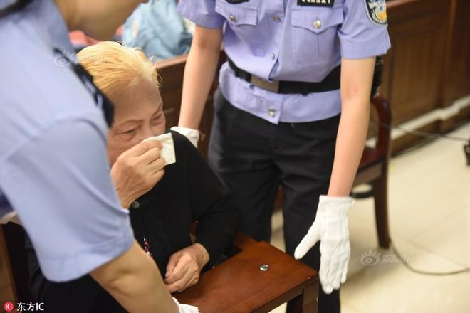 Tình tiết ám ảnh đằng sau vụ án mẹ già 83 tuổi tự tay giết con trai 46 tuổi - Ảnh 2.