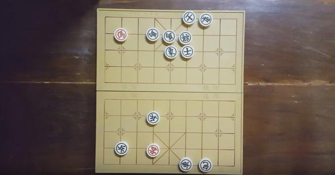 Thế cờ kinh điển đơn mã diệt quần ma, bạn nghĩ bên nào sẽ thắng? - Ảnh 8.