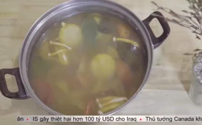 Đầu bếp chỉ cách phân biệt nồi nước lẩu an toàn và lẩu hoá chất để không rước họa vào thân