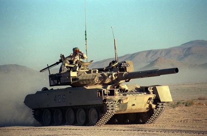 Kinh ngạc khi xem vũ khí Mỹ đóng giả vũ khí Nga - Ảnh 1.