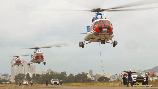 Việt Nam điều động trực thăng Mi-172 thực hiện Nhiệm vụ đặc biệt - Ảnh 1.