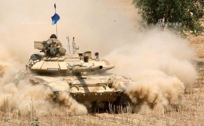 Hồi hộp chờ đợi cuộc đối đầu trực tiếp giữa xe tăng T-90 và Type 96