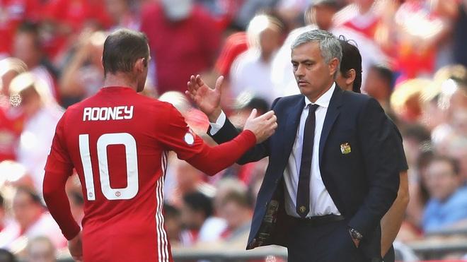 Những chiếc đinh cuối cùng đang đóng lên nắp quan tài sự nghiệp của Wayne Rooney - Ảnh 1.