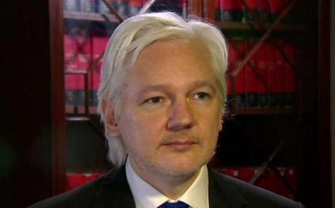 Lộ diện thủ phạm đánh cắp email của Chủ tịch Chiến dịch tranh cử cho bà Clinton
