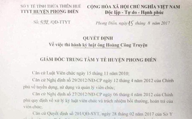 Giám đốc Sở y tế Thừa Thiên Huế dẫn đoàn công tác đến tận nơi xin lỗi bác sĩ nói xấu Bộ trưởng