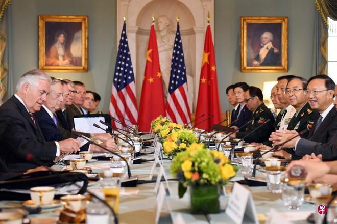 Tại sao Tổng thống Donald Trump coi trọng quan hệ với Trung Quốc hơn với Nga? - Ảnh 1.