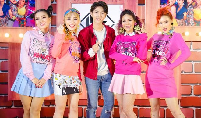 Đông Nhi đẹp nổi bật trong ngày ra mắt sản phẩm mới của nhóm Lip B - Ảnh 10.