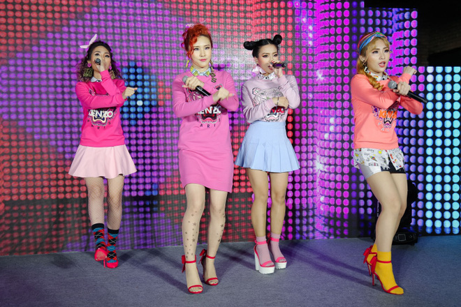 Đông Nhi đẹp nổi bật trong ngày ra mắt sản phẩm mới của nhóm Lip B - Ảnh 6.