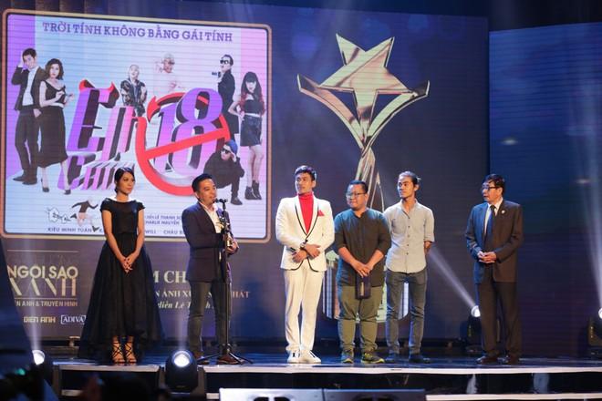 HHen Niê và 2 Á hậu gây chú ý trên thảm đỏ trao giải Ngôi sao xanh 2017 - Ảnh 17.