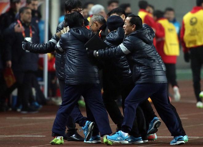 Muốn tấn công, thắng trong 90 phút, thầy Park Hang-seo đang tung hỏa mù U23 Iraq? - Ảnh 1.