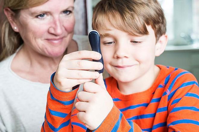 Đừng bỏ qua 8 triệu chứng tiểu đường tuýp 1 ở trẻ em - ảnh 11
