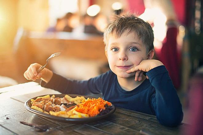 Đừng bỏ qua 8 triệu chứng tiểu đường tuýp 1 ở trẻ em - ảnh 6