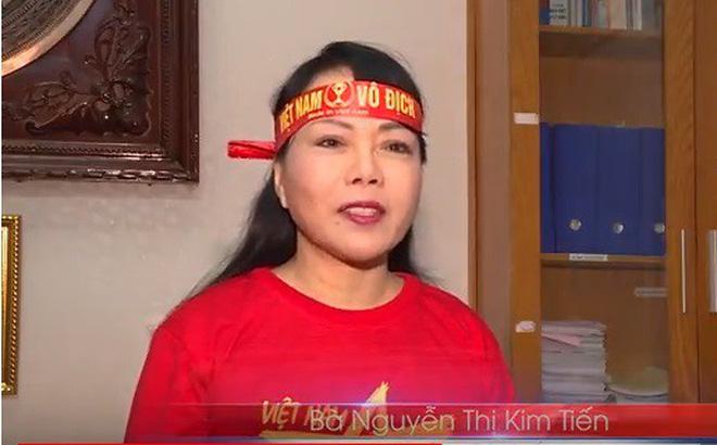 Bộ trưởng Kim Tiến mặc đồ cổ động viên, làm trailer kêu gọi cổ vũ có văn hóa