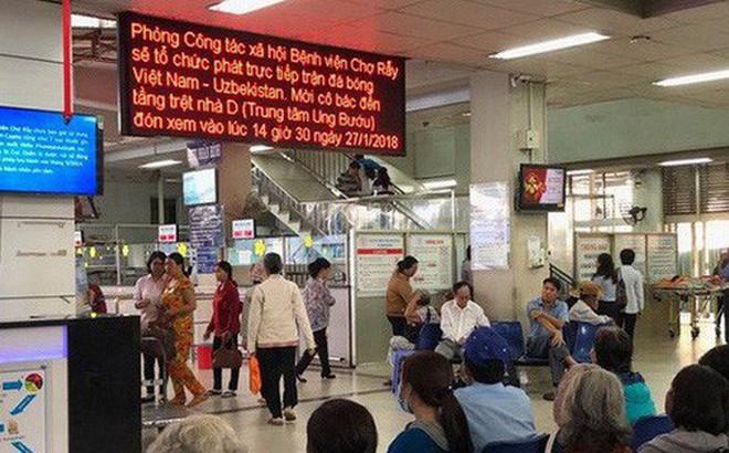 Bệnh viện ở Sài Gòn lắp tivi phục vụ bệnh nhân cổ vũ U23 Việt Nam
