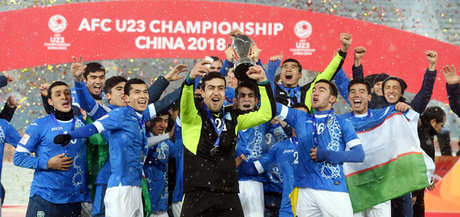 HLV Uzbekistan ca ngợi U23 Việt Nam sau chiến thắng nghẹt thở - Ảnh 1.