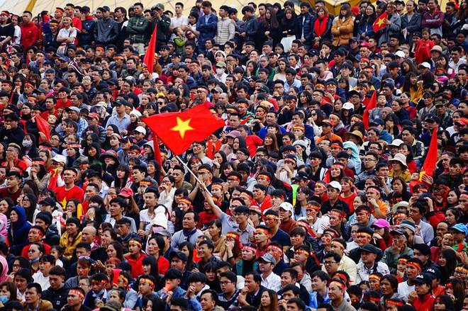 """""""Biển đỏ cổ vũ ĐT U23 Việt Nam khiến dân mạng Trung Quốc phải ngả mũ! - Ảnh 8."""