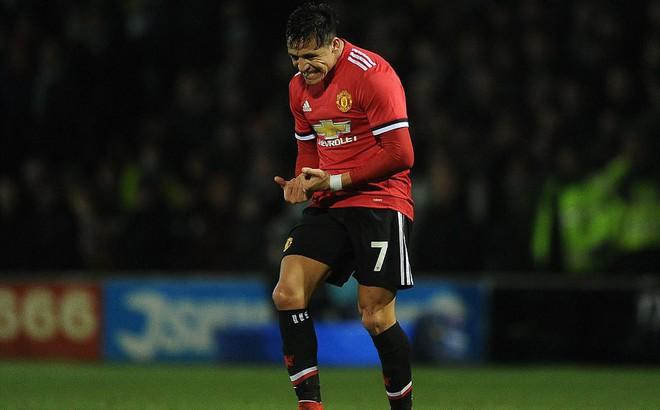 Sanchez xuất trận, Man United đại thắng 4-0