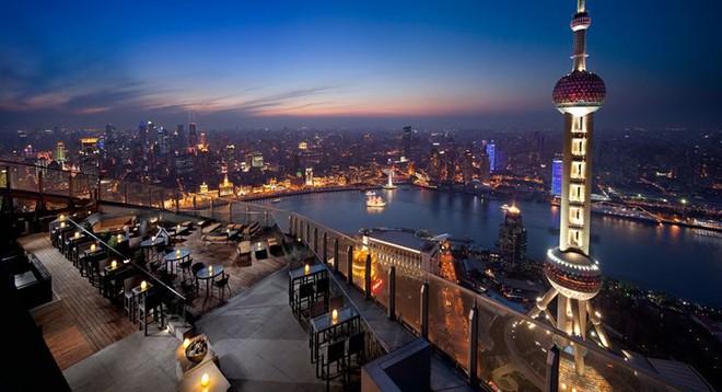 Top 10 nhà hàng trên tầng thượng có tầm nhìn đẹp nhất thế giới - Ảnh 8.