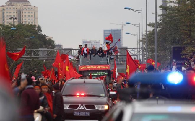 U23 Việt Nam đã về đến nội thành Hà Nội