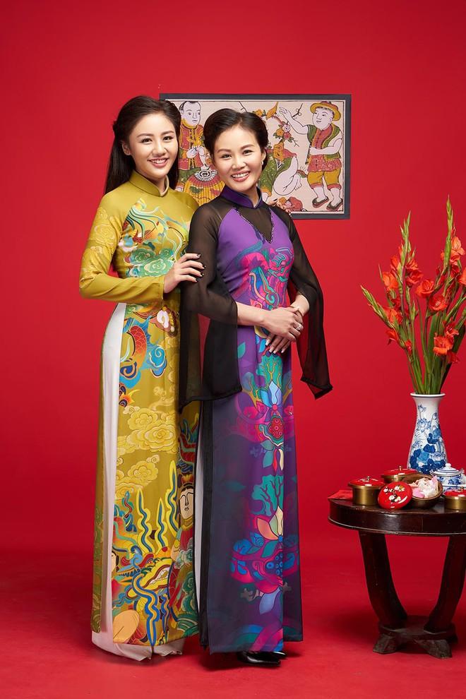 Văn Mai Hương khoe mẹ ruột trẻ trung, xinh đẹp - Ảnh 8.