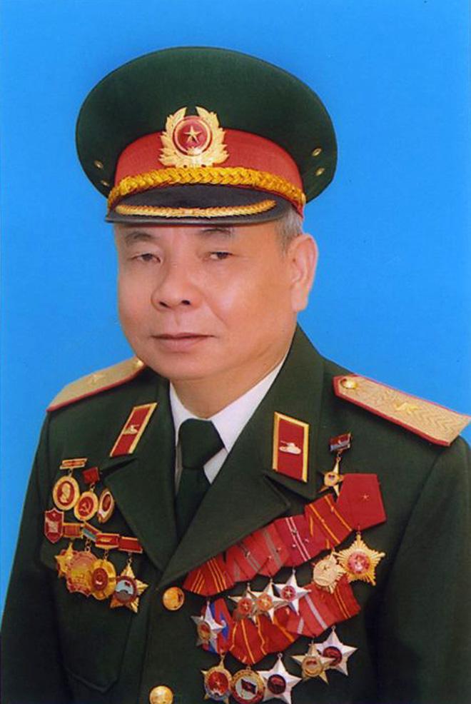Thiếu tướng Lê Xuân Tấu - Tư lệnh Binh chủng TTG: Đơn thương độc mã, một xe cũng tiến công - Ảnh 2.