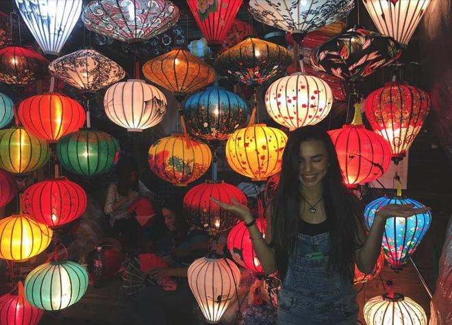 Nhan sắc nóng bỏng của hotgirl gốc Việt mới 18 tuổi kiếm bộn tiền trên đất Mỹ - Ảnh 13.