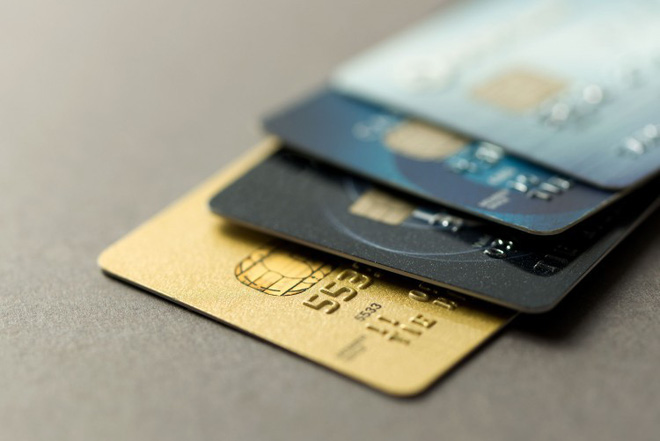 Không may bị nuốt thẻ ATM khi đang rút tiền, đây là những điều bạn cần làm ngay - Ảnh 1.