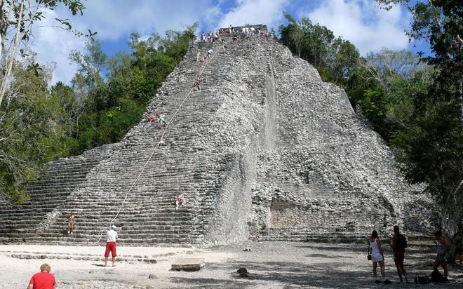 Những căn cứ bí mật trong thành phố của người Maya cổ đại mà ít người biết đến - Ảnh 3.