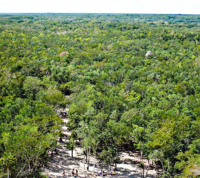 Những căn cứ bí mật trong thành phố của người Maya cổ đại mà ít người biết đến - Ảnh 4.
