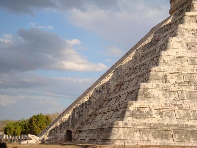 Những căn cứ bí mật trong thành phố của người Maya cổ đại mà ít người biết đến - Ảnh 9.