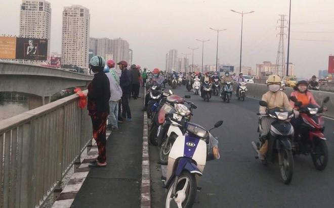 Cô gái để lại thư, dựng màn tự tử giả trên cầu Sài Gòn, nguyên nhân thực sự là đây - ảnh 2