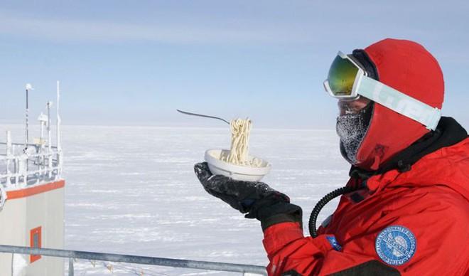 Nhiệm vụ bất khả thi: Nấu ăn ở Nam Cực trong cái lạnh đến -70 độ C - Ảnh 5.
