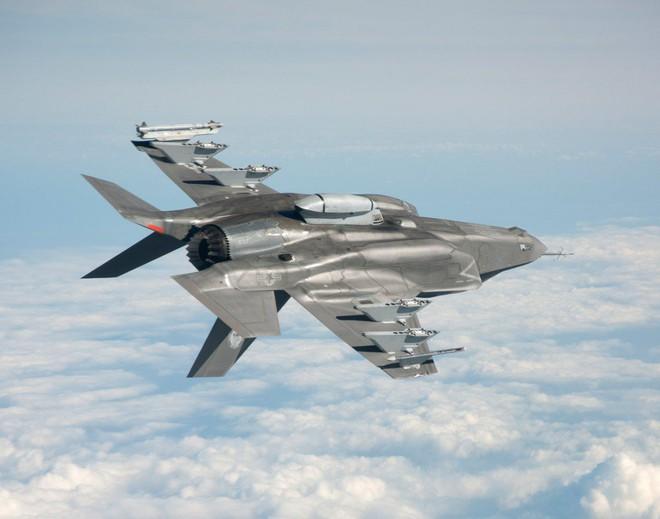 F-35 tham chiến ở Trung Đông, Lầu Năm Góc khen: Thực sự tốt, tốt một cách đáng ngạc nhiên! - Ảnh 1.