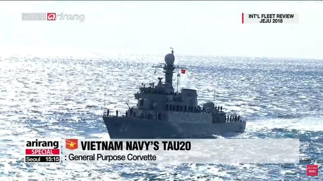 Tư lệnh HQVN và Tổng thống Hàn Quốc tại Lễ duyệt binh tàu chiến quốc tế: VN có tàu mới - Ảnh 2.
