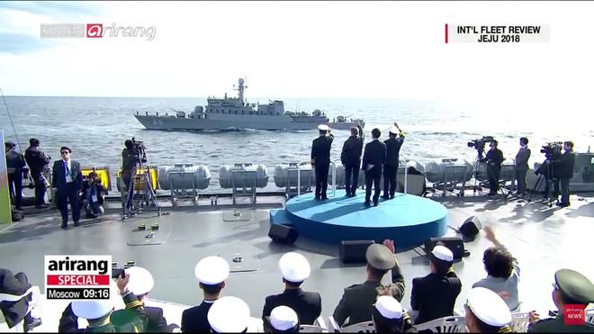 Tư lệnh HQVN và Tổng thống Hàn Quốc tại Lễ duyệt binh tàu chiến quốc tế: VN có tàu mới - Ảnh 4.