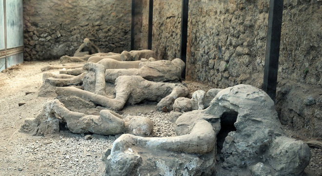 Nghiên cứu hé lộ tình tiết đáng sợ tại thảm họa núi lửa kinh hoàng nhất lịch sử: Pompeii - ảnh 1