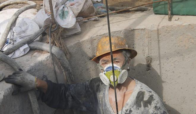 Phép màu kinh tế Thâm Quyến: Sự đánh đổi quá đắt từ máu và nước mắt của người TQ - Ảnh 2.