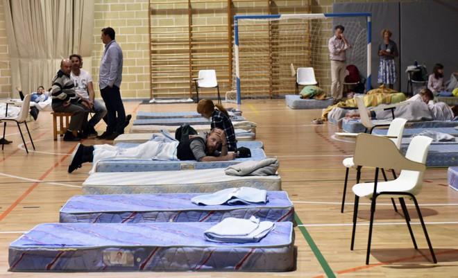 Lũ lớn càn quét đảo Mallorca, Tây Ban Nha: Ít nhất 5 người chết, nhiều người mất tích - Ảnh 4.
