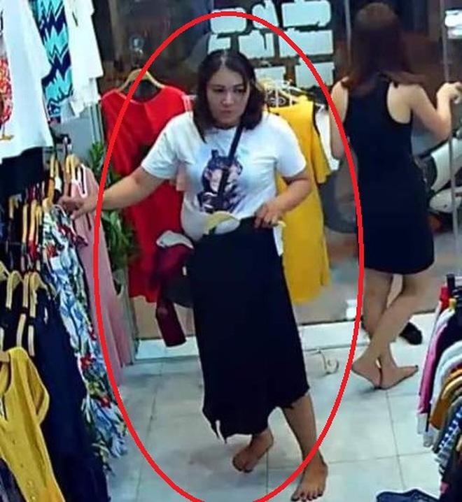 Nữ quái ngứa nghề… trộm cắp (kỳ 2): Xấp tiền to và chiếc áo chống nắng làm ảo thuật - ảnh 2