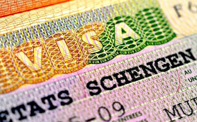 Nở rộ ngành công nghiệp bán visa vàng định cư Châu Âu: Rủi ro rửa tiền