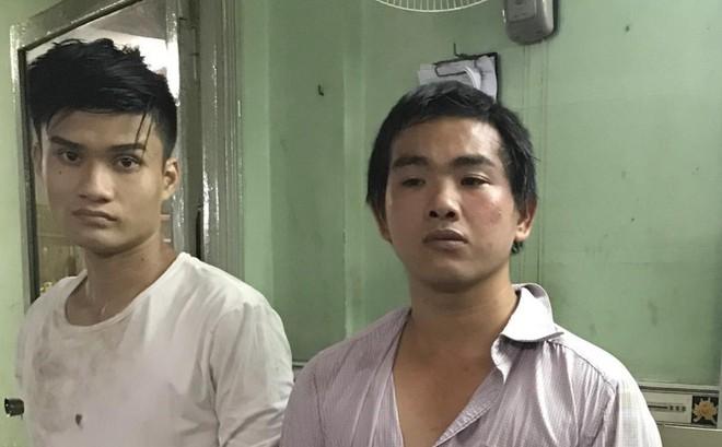 Cặp đôi tù tội rủ nhau đi cướp giật
