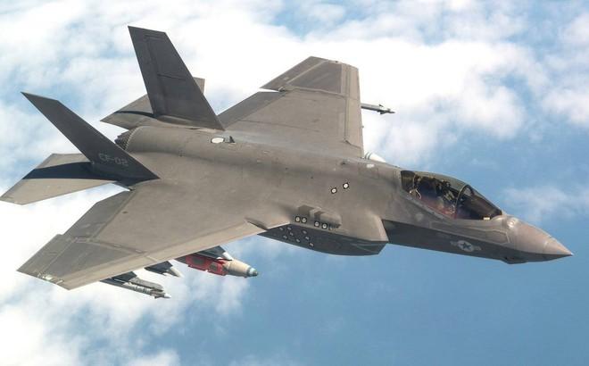 Mỹ đình bay đối với toàn bộ phi đội tiêm kích đa năng F-35 sau vụ tai nạn