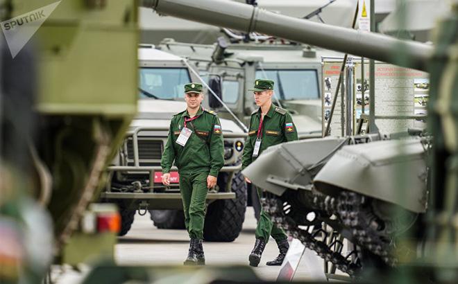 Năm 2017, quân đội Nga nhận bao nhiêu mẫu vũ khí tiên tiến nhất?