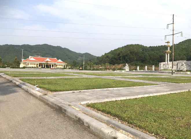 Cảnh hư hỏng, nhếch nhác khó tin ở Khu di tích Truông Bồn hơn 300 tỷ - Ảnh 1.