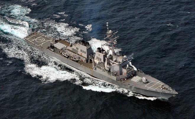 Tàu khu trục Mỹ chất đầy tên lửa Tomahawk cập cảng Israel: Dằn mặt Iran, cảnh báo Nga? - Ảnh 2.