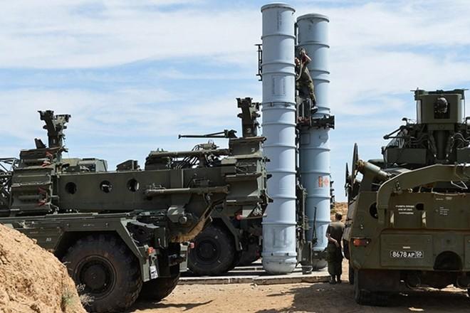 S-300 gửi giấy báo tử cho F-35: Nga ra đòn hiểm hóc, Mỹ-Israel chôn chân đứng nhìn? - Ảnh 1.