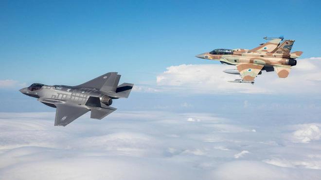 S-300 gửi giấy báo tử cho F-35: Nga ra đòn hiểm hóc, Mỹ-Israel chôn chân đứng nhìn? - Ảnh 4.