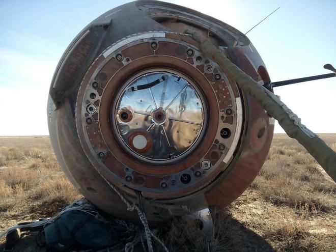 Giây phút bàng hoàng ở Trung tâm vũ trụ Nga: Tàu Soyuz gặp tai nạn! - Ảnh 4.