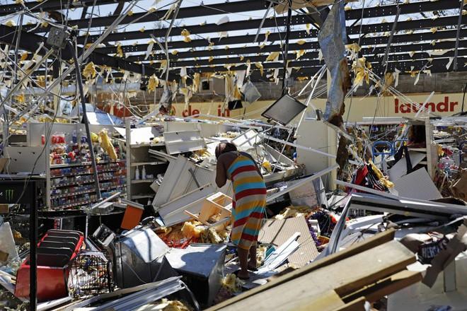 Ảnh, video: Siêu bão Michael tàn phá bờ nam nước Mỹ - Ảnh 6.